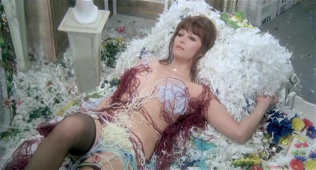 claudia-cardinale-nude-scene-peta-wilson-nude-naked