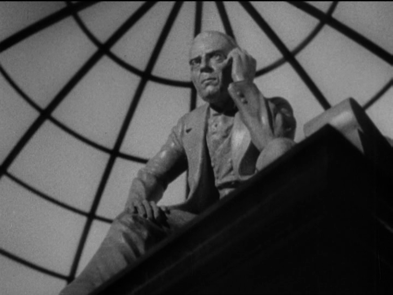 citizen kane breakfast montage essay However, citizen kane makes it very clear that wealth cannot necessarily buy happiness this is demonstrated in charles and emily's breakfast scene through masterful use of symbolism, perspective, costuming, the soundtrack, and even through dialogue.