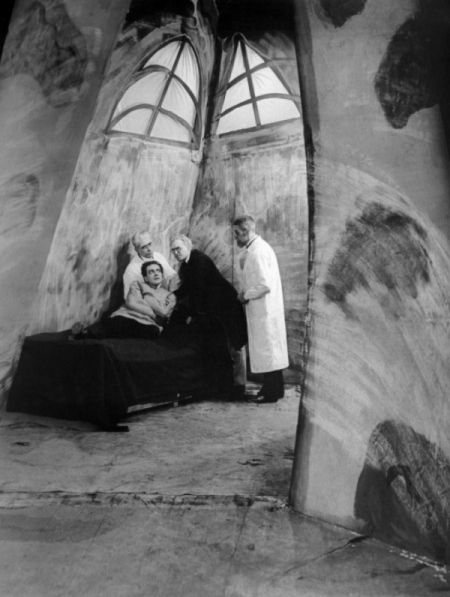 cabinet-of-dr.-caligari-screenshot