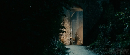 into-the-woods-movie-screenshot-anna-kendrick-cinderella-4